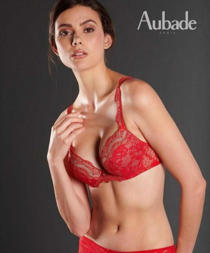 Lingerie rouge . Aubade (2020-03-27-2020-03-27)