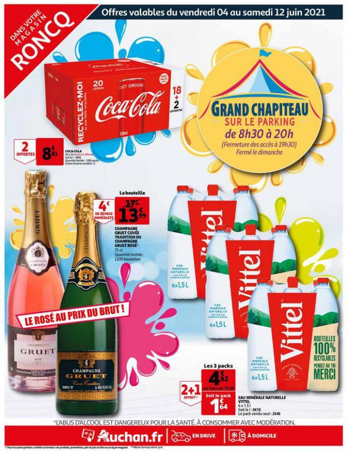 GRAND CHAPITEAU SUR LE PARKING. Auchan Direct (2021-06-12-2021-06-12)